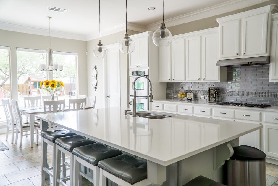 Tips When Buying The Right Kitchen Cabinets